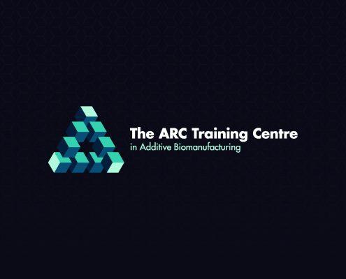 Logo 5 - 4C - black background